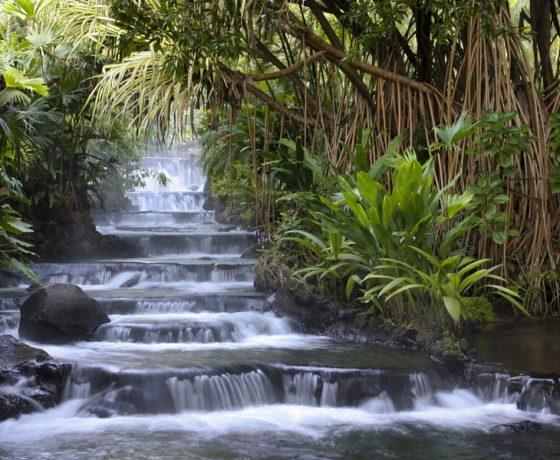 Voici la photo des thermes dot vous pourrez profiter lors d'un voyage sur mesure par Arawak Experience, votre agence locale de tourisme pour un voyage au Costa Rica